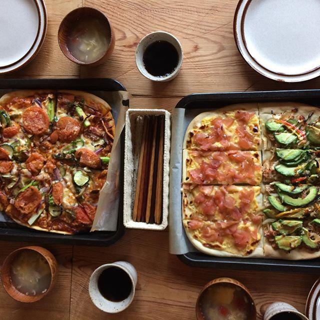 今日も今日とて…中村氏に捏ねさせたピザ生地、、これだ。美味い。その他諸々の課題もクリアできたと思われる。まあ基本は定食だしますよ。うちは。