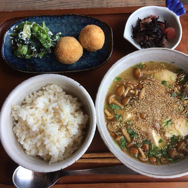 今月のフクボタカフェは和風!!なめこ汁?美味しかった〜〜 食べて欲しい、この味。