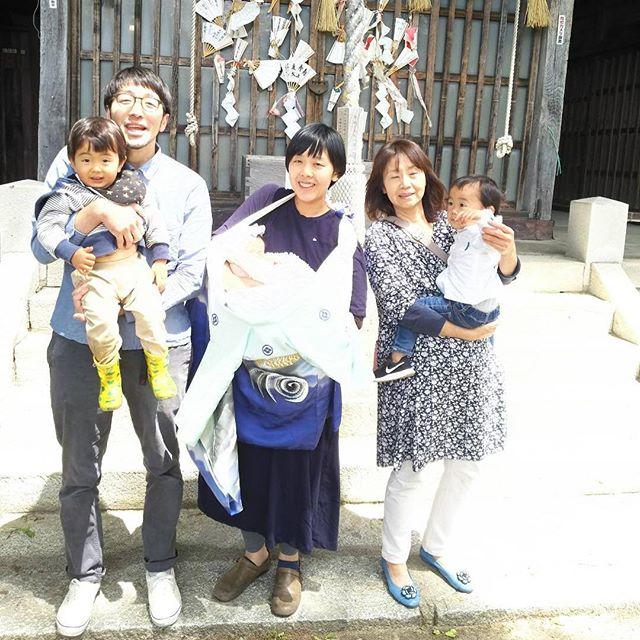 インスタ=ウェブのトップ画像に連携してるため、取り急ぎ「長野県一雑なお宮参り」の写真をあげておきます。